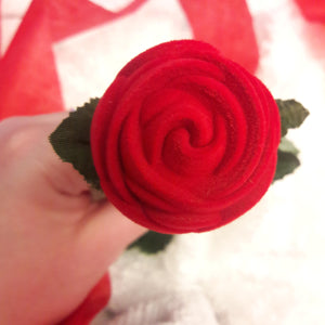 Wave Ring + Rose Gift Box