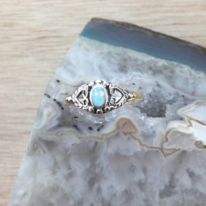 White Opal Oval Ring - Ring - AlphaVariable