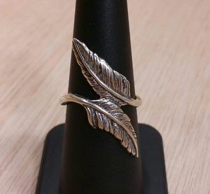 Double Feather Ring - Ring - AlphaVariable