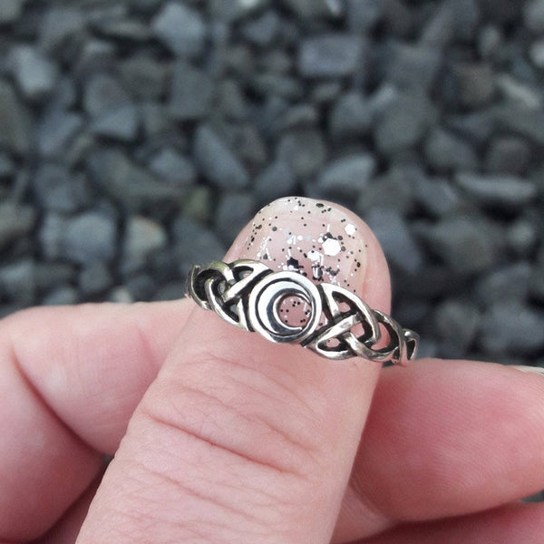 Celtic Crescent Moon Ring - Ring - AlphaVariable