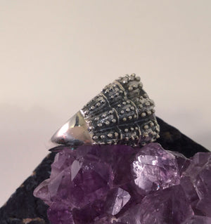 Labradorite Dragon Claw Ring - Ring - AlphaVariable