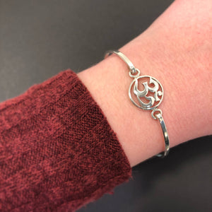 Om bracelet - Bracelet - AlphaVariable