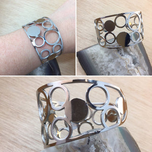 Geometric Cuff Bracelet - Bracelet - AlphaVariable