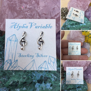 Treble Clef Earrings - Earrings - AlphaVariable