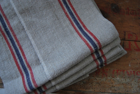 "Charvet Éditions ""Drapeau - Natural"", Natural woven linen tea towel. Made in France. - Home Landing"
