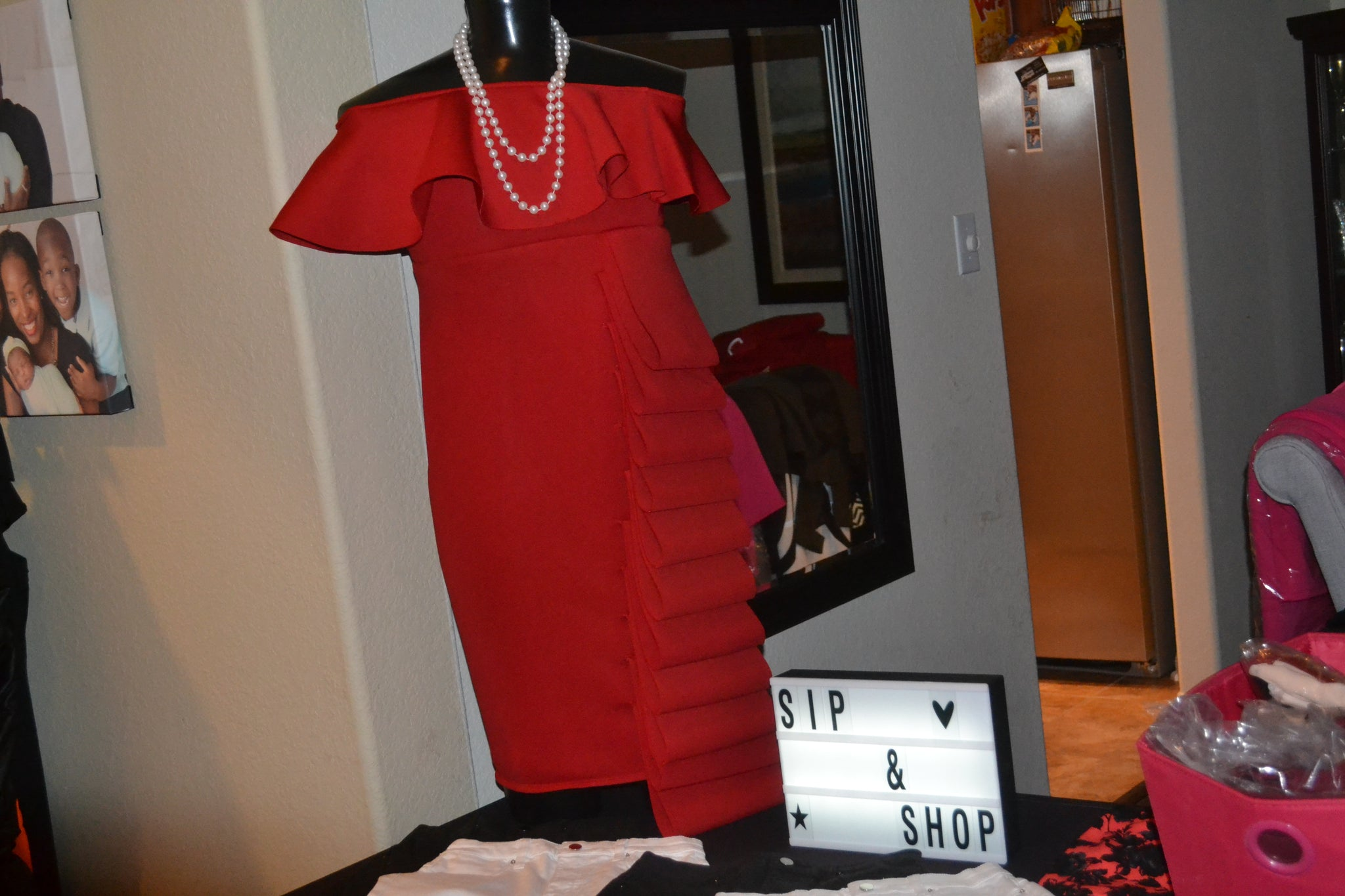 Paint the town red - Red Ruffle Dress