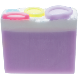 Button Babe Soap Sliced | Presentimes