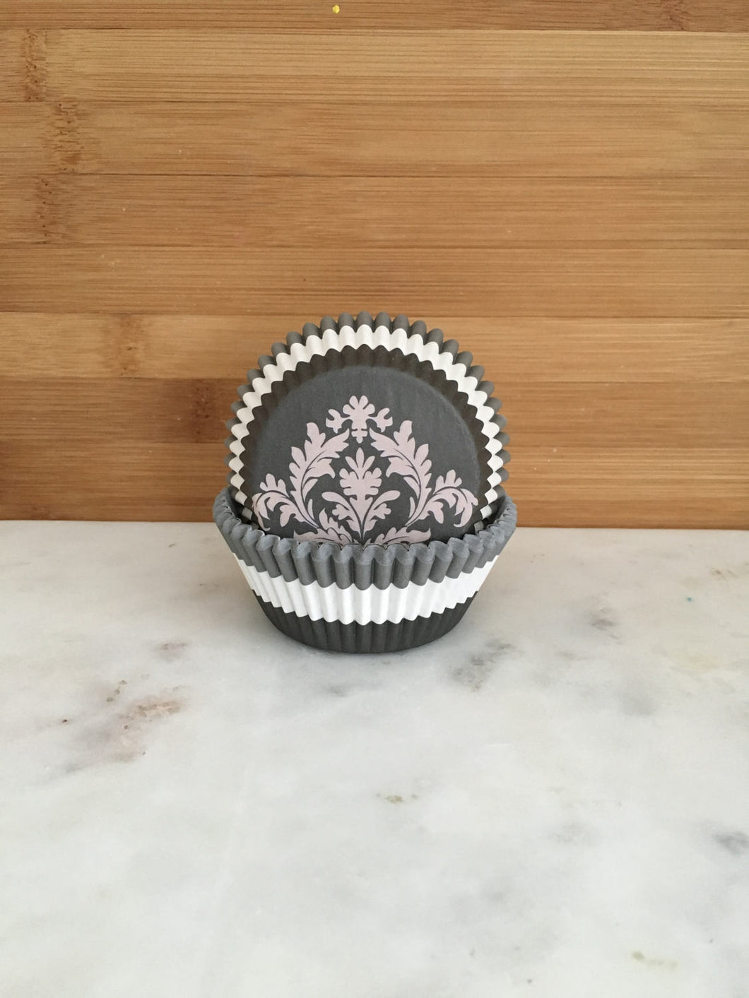 Black, White and Grey Paisley Cupcake Liners, Standard Sized, Baking Cups (50)