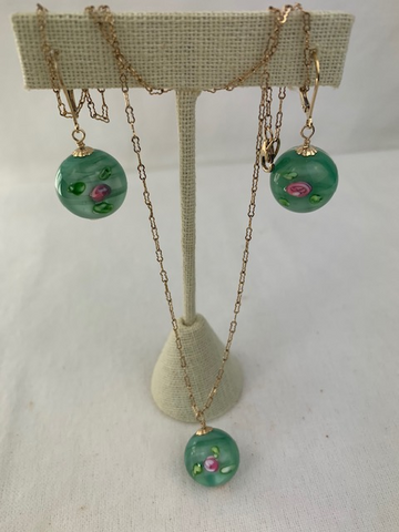 Rose and green glass beads with gold necklace and earring set