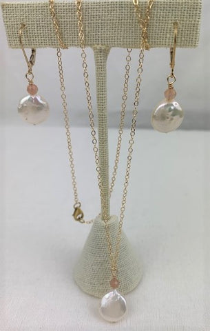 White coin pearl with peach moonstone and gold necklace and earring set