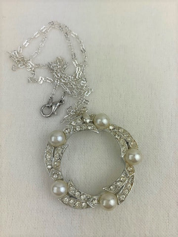 Silver, white pearl and crystal wreath on silver chain