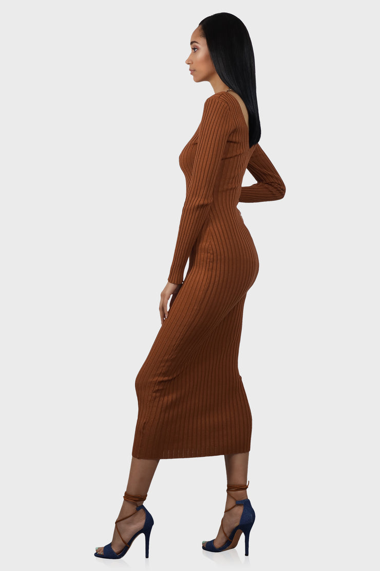 No Brakes Rust ribbed maxi dress on model side view