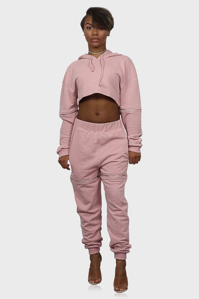 Sweatsuit pink on model front view
