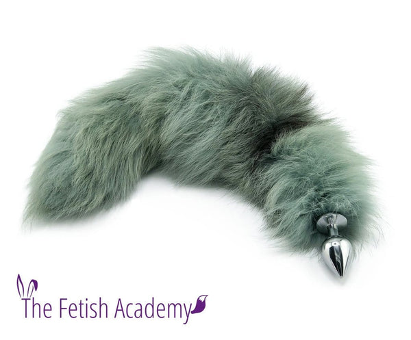 "19""-21"" Emerald Dyed Platinum Fox Tail Butt Plug"