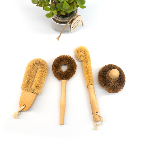 CLEANING BRUSHES: Coir