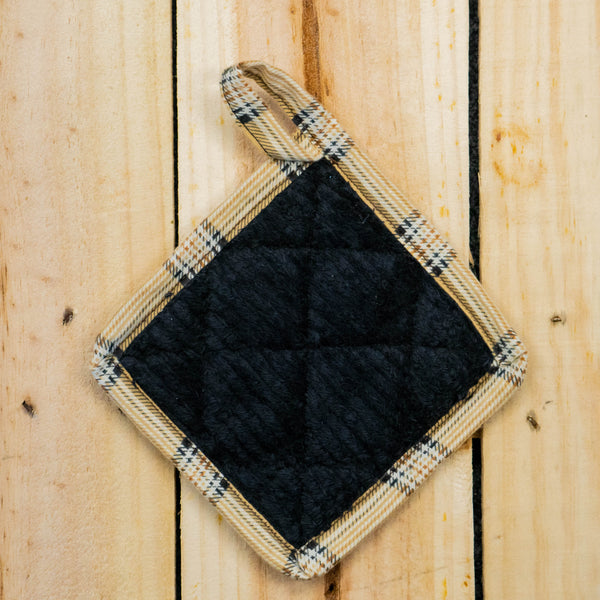 UPCYCLED POT HOLDER - Plaids