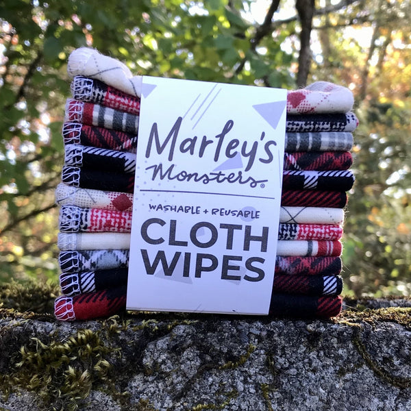 12 CLOTH WIPES: Red Plaids