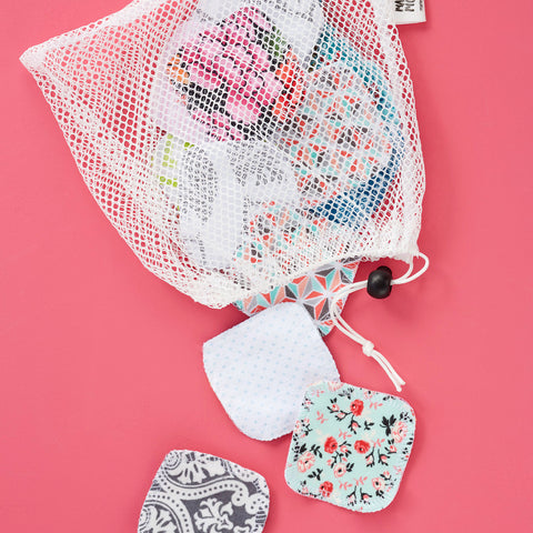 MESH LAUNDRY BAG & FACIAL ROUNDS SET