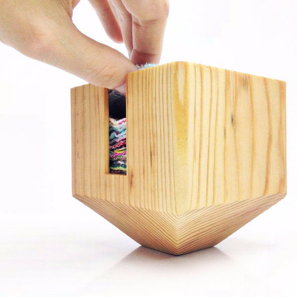 FACIAL ROUNDS CONTAINER: wood