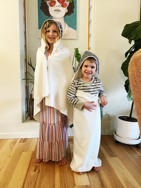BAMBOO HOODED TOWEL: Grow With Me