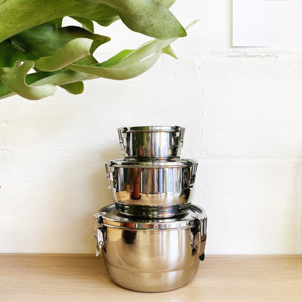 AIRTIGHT FOOD STORAGE: Stainless Steel