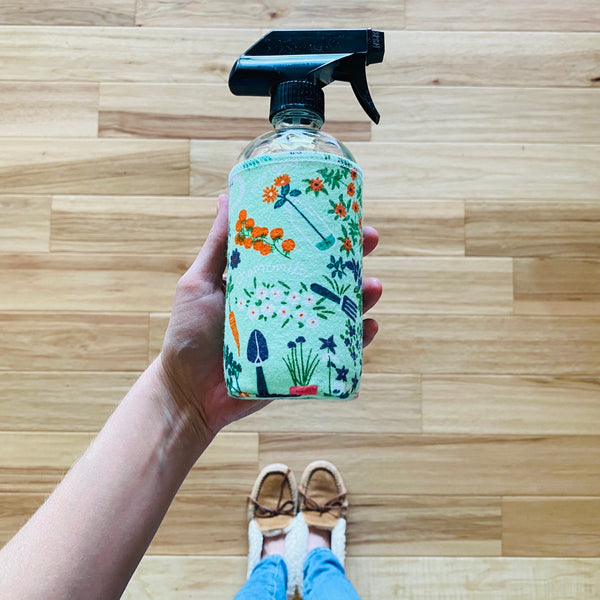 SPRAY BOTTLE & COVER: 16 oz