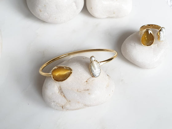 Teardrop Yellow Cat's Eye and Pearl bangle and ring set