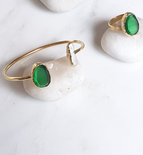 Green Cat's eye and Pearl bangle and ring set