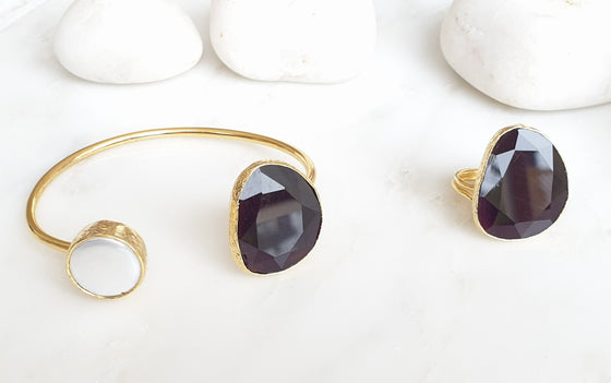 Dark Plum/Black Cat's eye and Pearl bangle and ring set