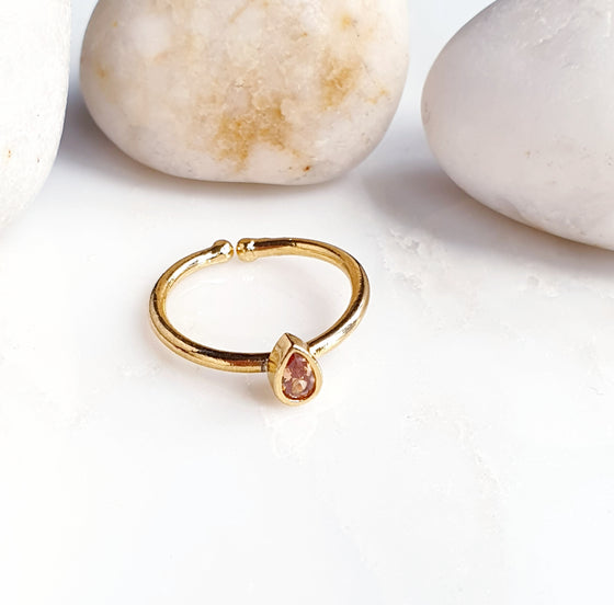 Stackable Teardrop Peach Ring
