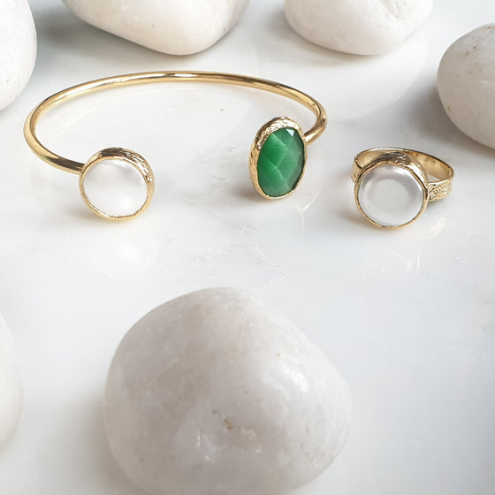 Green Oval  Cat's eye and Pearl Bangle and Ring Set