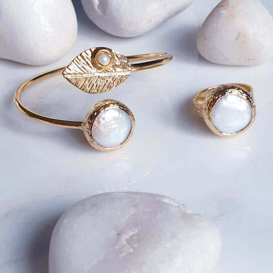 Pearl leaf bangle and ring set