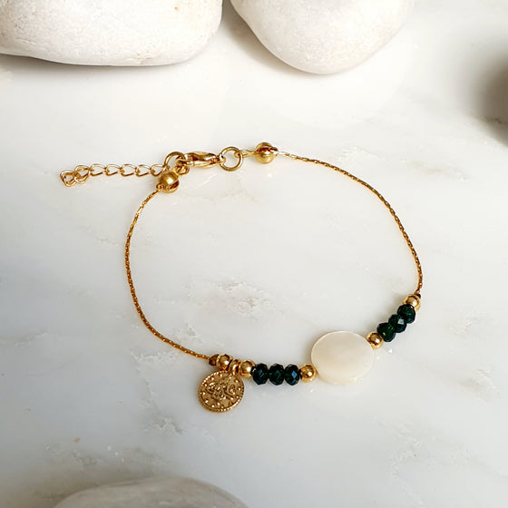 Green stone and Mother of Pearl Bracelet