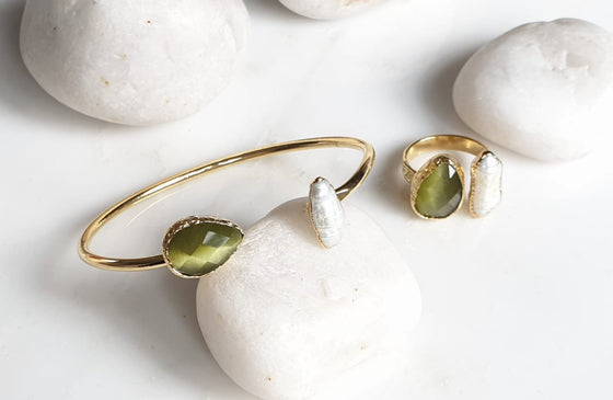 Teardrop Olive Green Cat's Eye and Pearl bangle and ring set