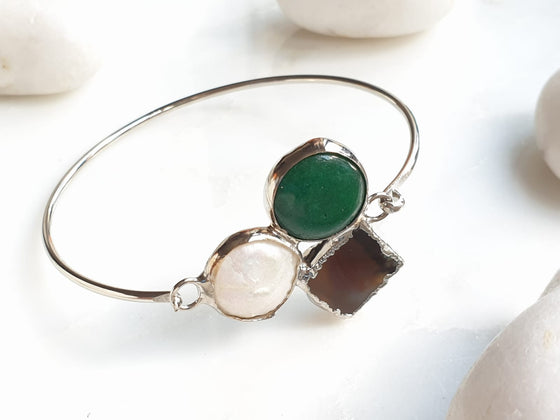 Emerald, Pearl and Sardonyx Agate bangle
