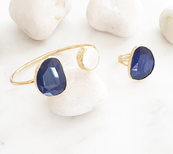 Navy Cat's eye and Pearl bangle and ring set