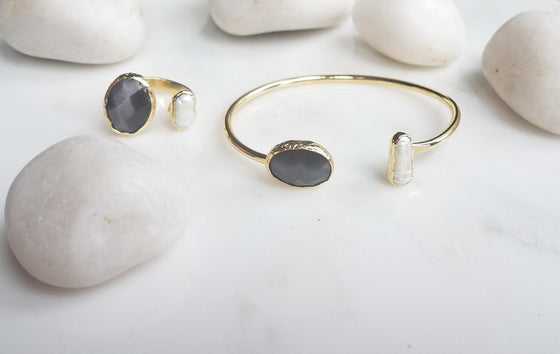Dark Grey Cat's Eye and Pearl ring and bangle set