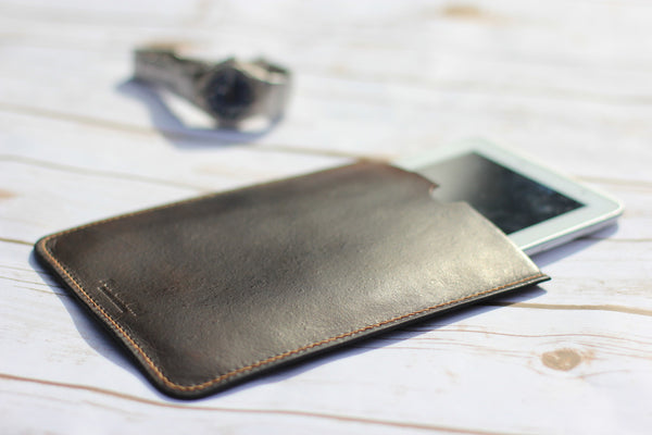 Custom Made Leather Tech Cases and Sleeves - Made To order for your device