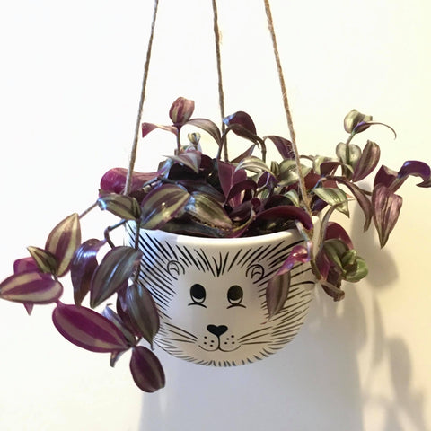 Planter with Tradescantia | Hanging Lion - Large #3 | Ceramic