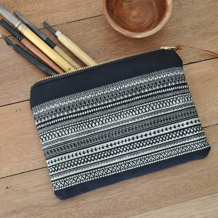 One Thousand Lines Pouch