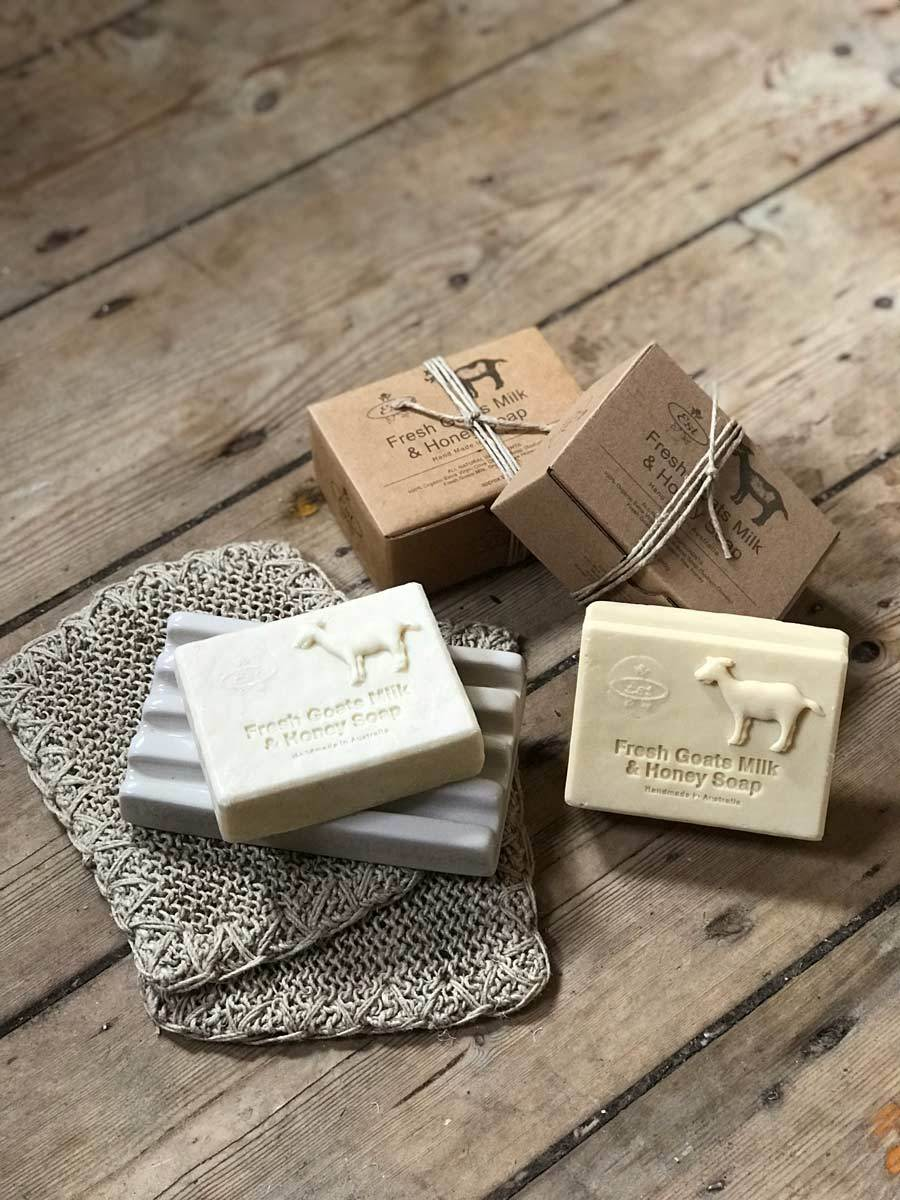 Est Fresh Goats Milk & Honey Soap