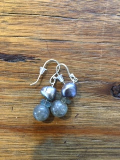 kaw - Labradorite, Freshwater Pearl Hook Earrings
