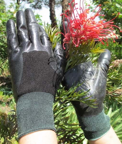 The Wicked Weeder Gardening Gloves