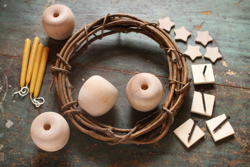 Make-It-Yourself Advent Apple Wreath Kit