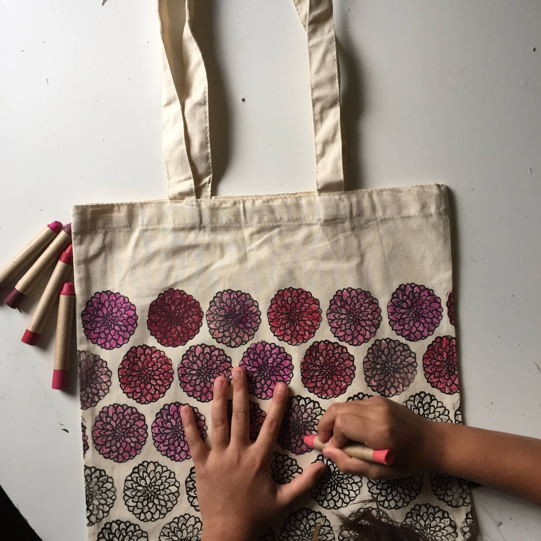 Color-Your-Own Dahlia Market Tote with Eco-Friendly Crayons