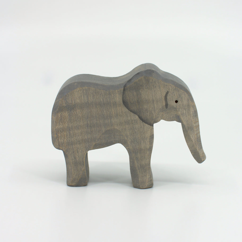 Baby Elephant by Brin d'Bois