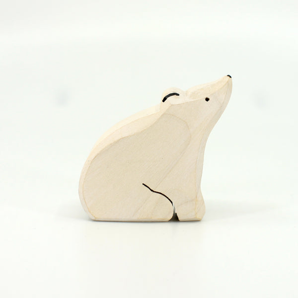 Baby Polar Bear by Brin d'Bois