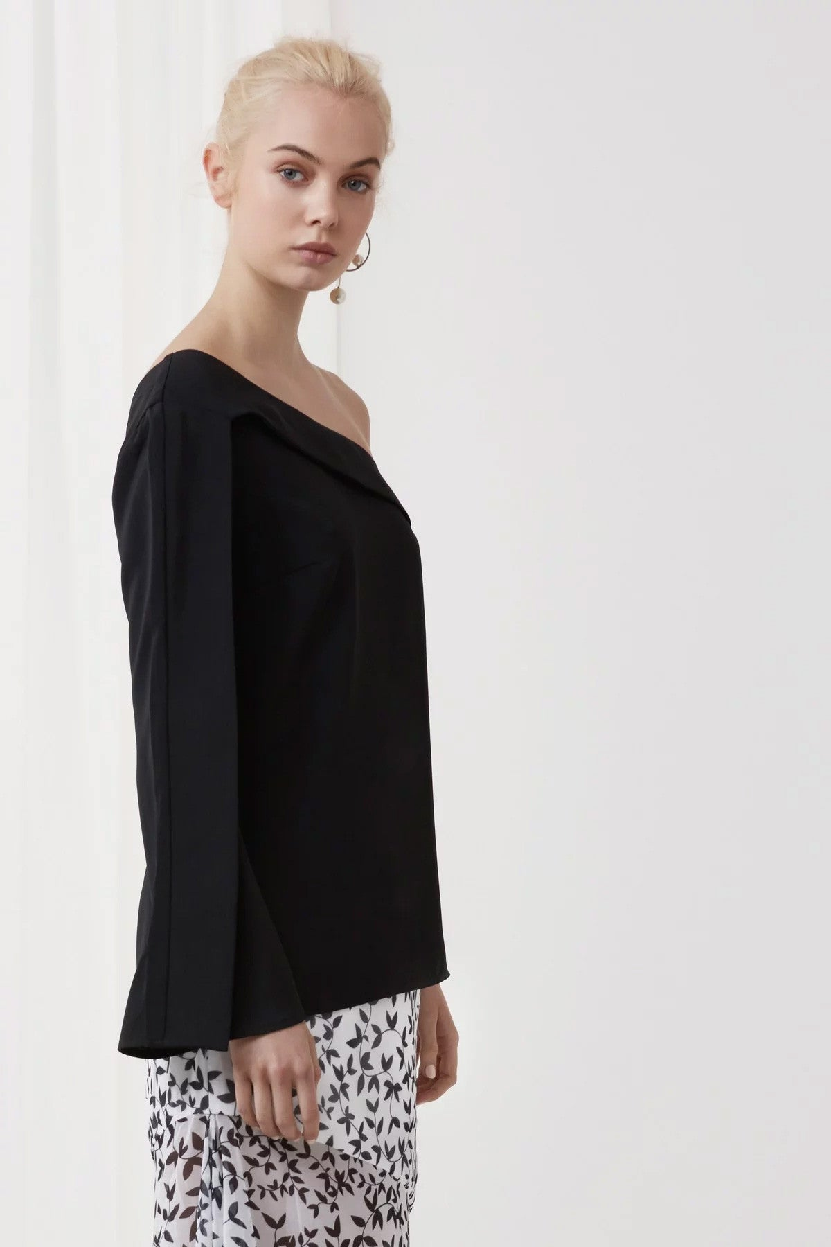 Overpowered Long Sleeve Top Black Side