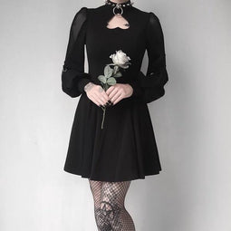 Peekaboo Heart Punk Dress-Punk Design pour femmes