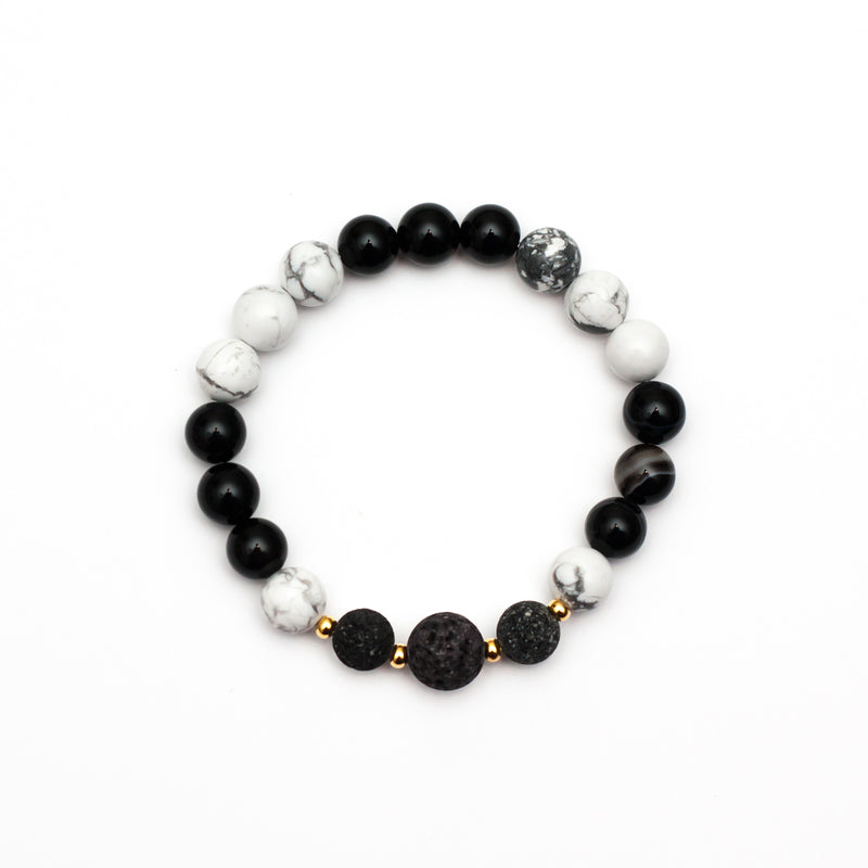 Zinnia Lava Diffuser Bracelet - Black Agate and Gold